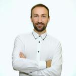 Ведущий Алексей Воробьев