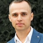 Ведущий Сергей Яковлев