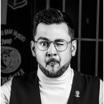 Ведущий Дмитрий Анисимов