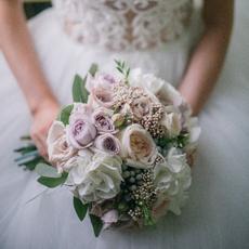 Ксюша Баева - букеты, цветы на свадьбу в Тюмени Свадебные аксессуары