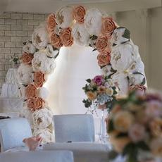 Декоративная арка из ростовых цветов (аренда) Услуги