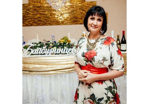 Ведущий Ирина Радионова